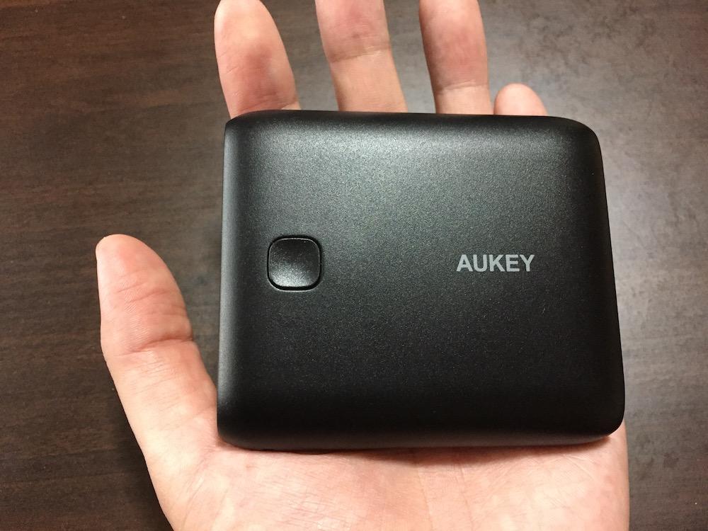 Micro-USB ケーブル